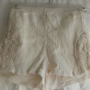 XS Vintage Georgiou George Balkan Ivory Shorts
